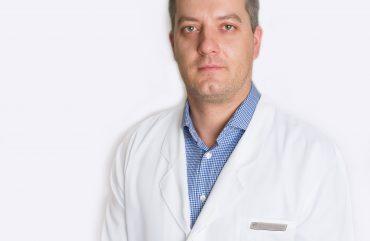 Klinikoje pradeda konsultuoti gydytojas ortopedas – traumatologas Laurynas MAŽEIKA