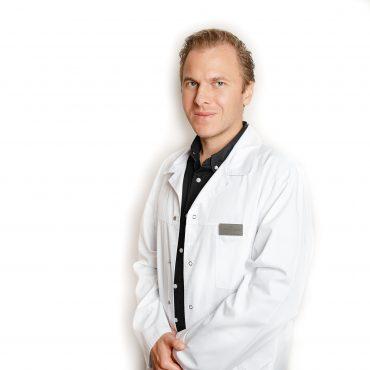 Med. m. dr. Andrius BERŪKŠTIS